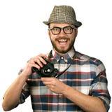 Lustiger Fotograf mit der Retro- Kamera lokalisiert auf Weiß Lizenzfreies Stockbild