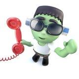 lustiger Karikatur 3d frankenstein Monstercharakter, der das Telefon beantwortet Stockbild