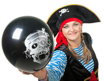 Lustiger Pirat mit schwarzem Ballon Lizenzfreie Stockbilder