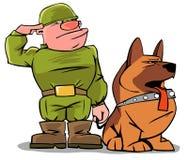 Lustiger Soldat mit einem Hund Stockbild