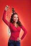 Lustiges Bild der Feiertage des neuen Jahres und des Weihnachten mit Modell Stockfoto