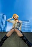 Lustiges chinesisches Mädchen draußen Lizenzfreie Stockbilder