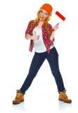Lustiges Mädchen in einem Sturzhelm mit Rolle in der Hand wird es auf lokalisiert Stockbild
