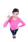 Lustiges Porträt des hohen Winkels eines schönen glücklichen asiatischen Frauenpunktes Stockfotografie