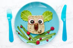 Lustiges Sandwich für Kinder Stockfoto