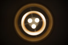 Lustre de cercle concentrique de Blured pendant la nuit Photos stock