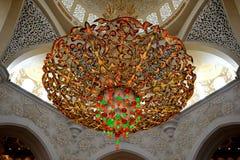 Lustre de cristaux dans la mosquée Photo stock