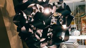 Lustre moderne de concepteur Conception moderne et conception d'éclairage de la salle Conception de lumière et d'espace Unfocused Image libre de droits