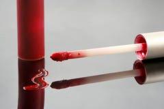 Lustre rojo del labio imágenes de archivo libres de regalías