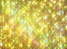 Lustro del diamante su un fondo dorato fotografia stock libera da diritti