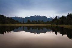 Lustrzany jezioro Fotografia Stock