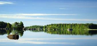 lustrzany jezioro ranek s Fotografia Royalty Free