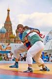 Luta dos participantes do primeiro competiam do Todo-russo Imagens de Stock Royalty Free