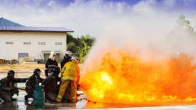 Luta dos sapadores-bombeiros Imagem de Stock Royalty Free