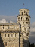 Lutande torn av Pisa i Tuscany, Italien arkivfoton