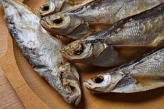 Lutfisk Sabrefish på tabellen arkivfoto