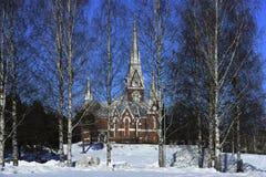 Lutherische Kirche der neo-gotischen Architektur im Winter, Joensuu, F lizenzfreie stockbilder
