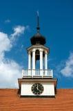 Lutherischer Kirchenglockekontrollturm lizenzfreie stockbilder