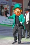 Lutin dans le défilé Ottawa, Canada de jour du ` s de St Patrick Images stock