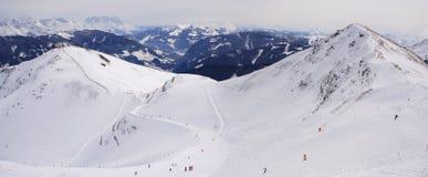 lutningar för alpsÖsterrike panorama Arkivbild