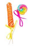 Lutschbonbonknall und Süßigkeitsstock Stockfoto