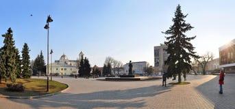 Lutsk, Украина - 10-ое марта 2015: Взгляд центральной площади Lutsk в северозападной Украине Стоковое фото RF