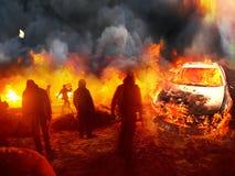 Lutte contre l'incendie sur la rue Photographie stock libre de droits