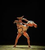 Lutte-course dans le danse-chorégraphe labyrinthe-moderne Martha Graham Photos stock