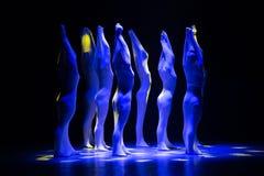 """Lutte-homme droit dans un  de shelter†de dance""""No du ` s d'ensemble-Huang Mingliang Images stock"""