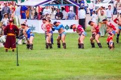 Lutteurs de mongolian de Nadaam Image libre de droits