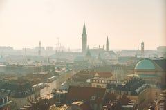 Luty 18, 2019 Dani Kopenhaga Panoramiczny odgórny widok centrum miasta od wysokiego punktu Round Rundetaarn wierza fotografia royalty free