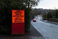 Luty 12th, 2018, korek, Irlandia - znak ostrzegawczy w Ballyvolane zdjęcia royalty free