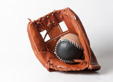 Luva de beisebol com bola Imagem de Stock