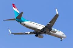 Luxair 737 landning Royaltyfria Bilder