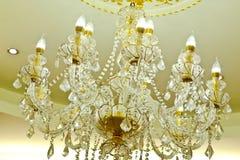 Luxe Crystal Chandelier stock afbeeldingen