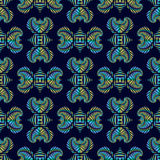 Luxe naadloos patroon met kleurrijk metaal decoratief ornament op donkerblauwe achtergrond Royalty-vrije Stock Foto's