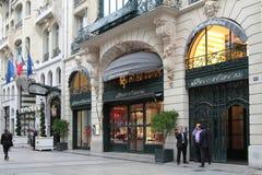 Luxe op de weg des Champs Elysees Stock Afbeeldingen
