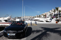 Luxeauto in Puerto Banus, Spanje Stock Afbeeldingen