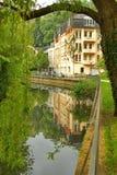 Luxembourg - Alzette flod på en solig dag Royaltyfria Bilder