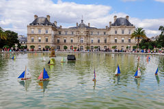 Luxembourg Palace and Ships on Pond Royalty Free Stock Photography