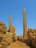 Luxor: Obelisks al tempiale di Karnak immagini stock libere da diritti