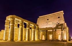 Luxor-Tempel nachts Lizenzfreies Stockbild