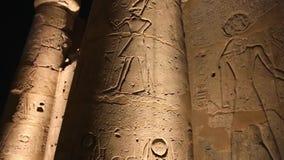 Luxor tempel på den fulla HD videoen för natt arkivfilmer