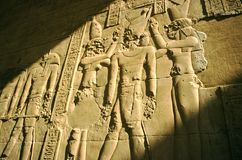 Luxor-Tempelflachrelief, Ägypten stockbild