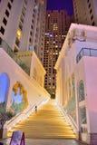 Luxueuze gebouwen en tredegeval Stock Foto's