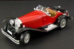 Luxueuze rode klassieke auto Royalty-vrije Stock Afbeelding