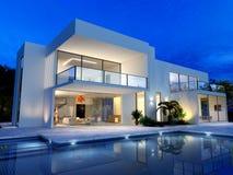 Luxueuze villa met pool royalty-vrije illustratie