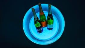 Luxuriöse Flaschen Champagner stockfotografie