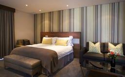 Luxuriöse Schlafzimmer-Suite Stockfotografie