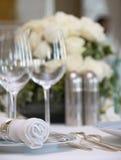 Luxuriöse Tabelleninstallation stockfotos